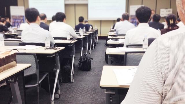 教員採用試験・小論文対策はいつからどうすすめる?